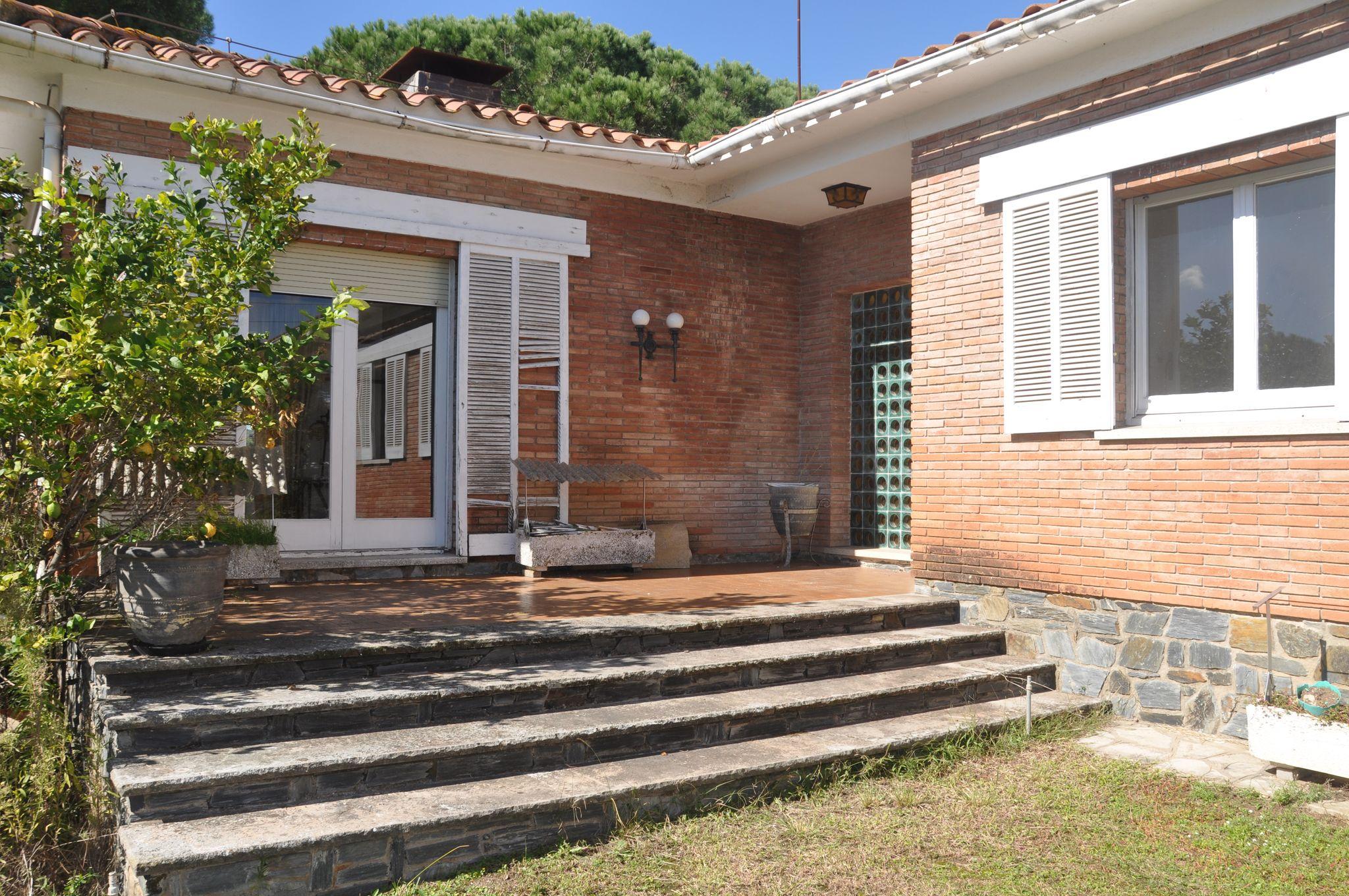 entrada principal Puigllançada 29